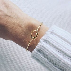 Jewelry - Love Knot Bracelet